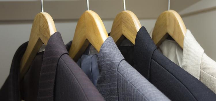 comment s habiller pour un entretien d embauche. Black Bedroom Furniture Sets. Home Design Ideas